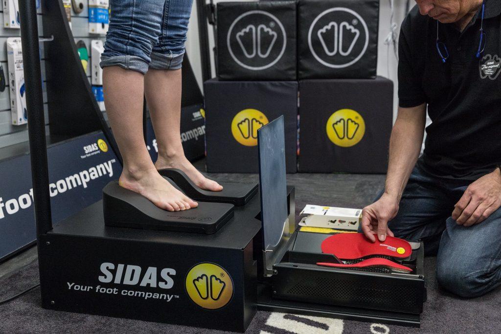 indywidualne wkładki do butów dopasowanie butów-min