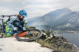 Planujesz wyjazd rowerowy O tych rzeczach nie możesz zapomnieć. Część 1 – rowerowy niezbędnik.