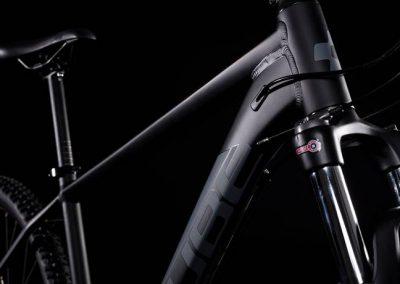 rower Cube Aim Race black´n´red 2019 sklep kraków 1-min