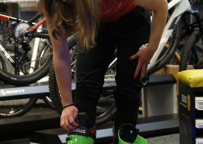 aniela sawicka dopasowanie butów narciarskich kraków windsport bootfitting (18)-min