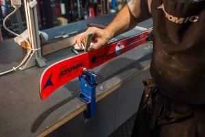Diagnostyka sprzętu narciarskiego przed sezonem dla większego bezpieczeństwa i komfortu